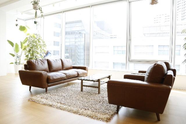大切なソファーのメンテナンスも【AZUMA】へ〜革など様々な生地に対応可能〜