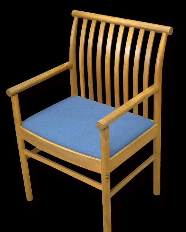 張り替え 面 椅子 座 椅子生地張替えDIY